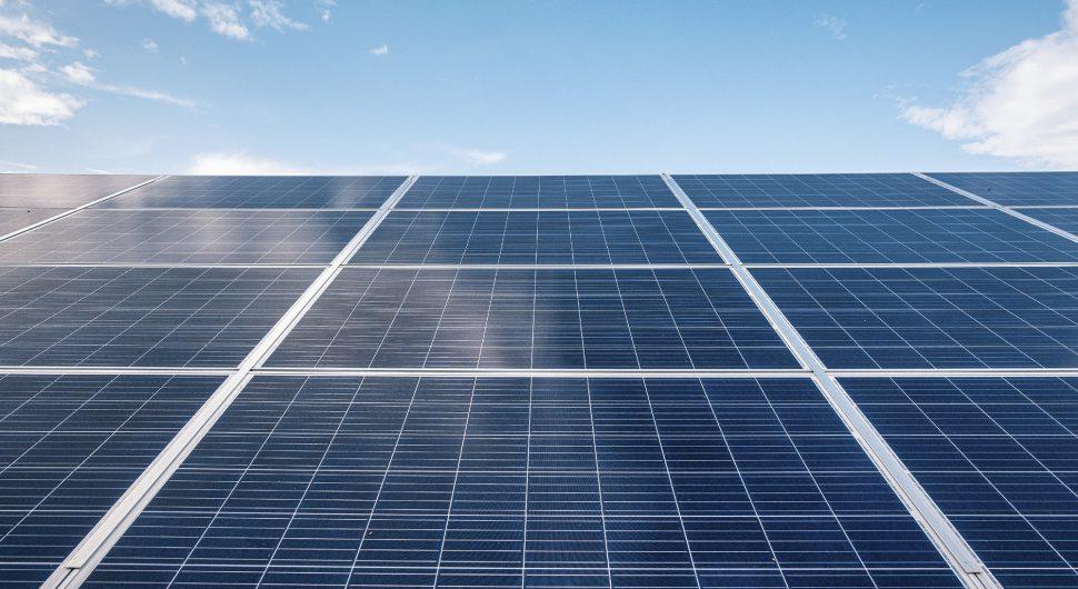 Investir em energia solar pode ser solução para reduzir a conta de luz